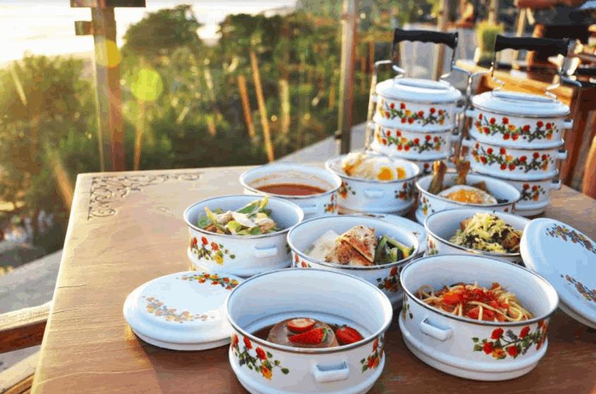 delirich-catering-mangkuk-tingkat-food-lunch-dinner